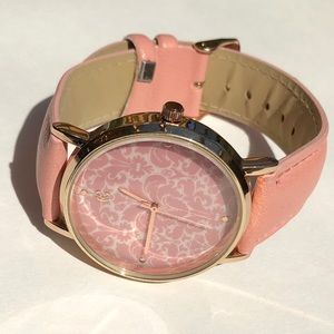 New light pink damask watch
